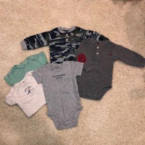 Carter's set of 5 onesies - baby boy 6M